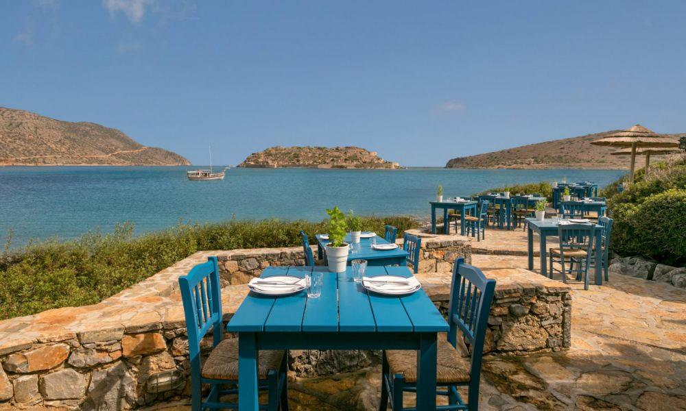 blue_door_restaurant_blue_palace_resort