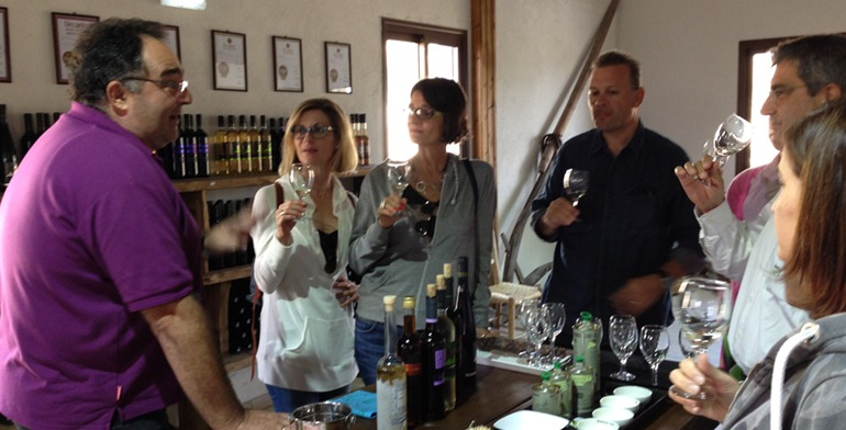 omdmc_wine_cullinary_cyprus_village_wine_tasting