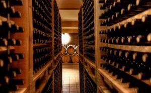 greece-wine-cellar-650x400