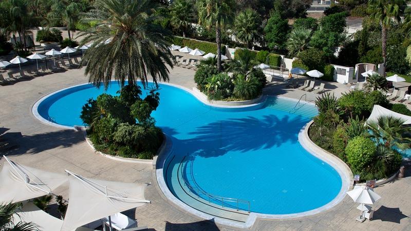 01_hilton_park_hotel_cyprus_slider
