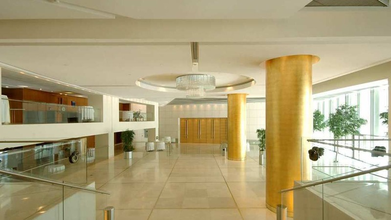 02_hilton_hotel_athens_greece_slider