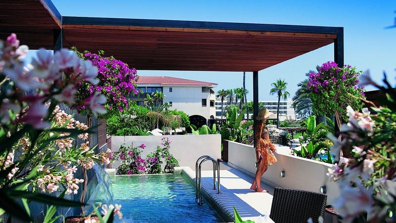 03-amathus-beach-hotel-cyprus-slider