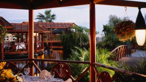 03-four-seasons-hotel-cyprus-slider