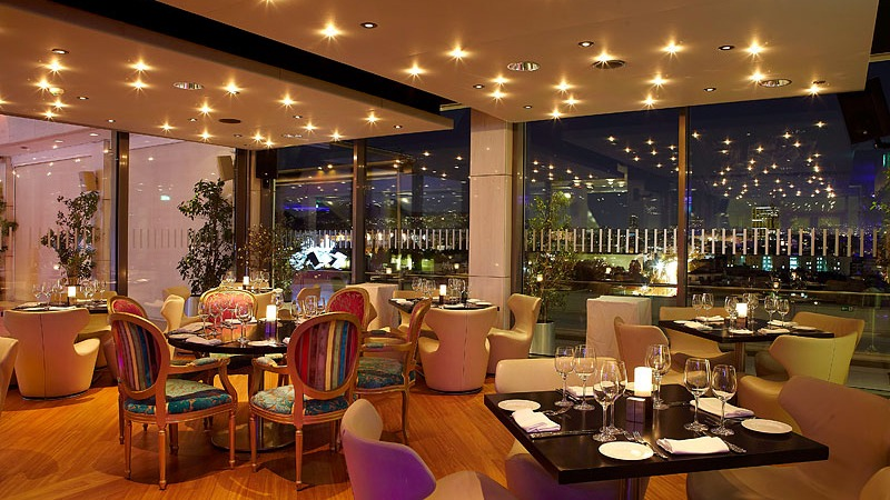 03_hilton_hotel_athens_greece_slider