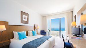 03-medit-beach-hotel-cyprus-slider