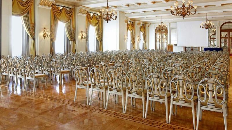 04_grande_bretagne_hotel_athens_greece_slider