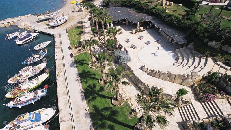 05_coral_beach_cyprus_slider