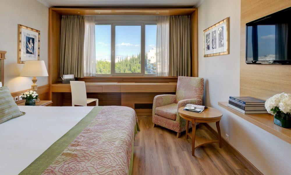 divani_apollon_mountainview_bedroom