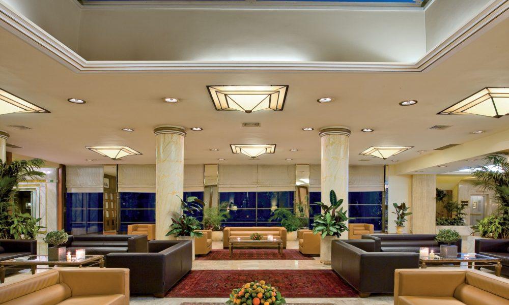 divani_palace_lobby