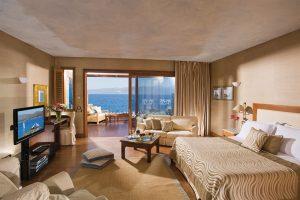 elounda-beach-bedroom