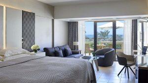 four-seasons-bedroom
