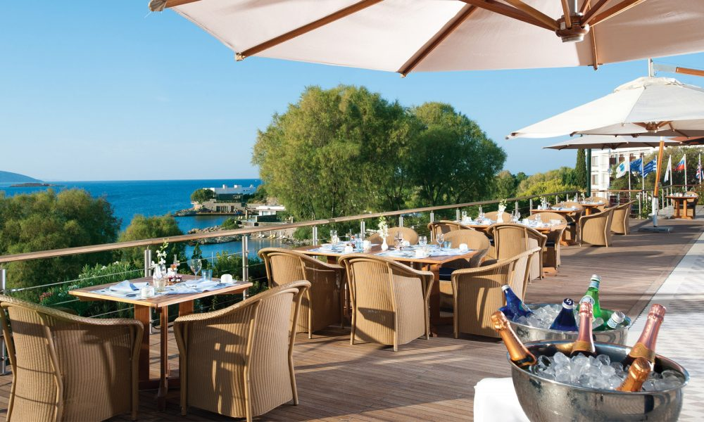 grand-resort-lagonissi-dining