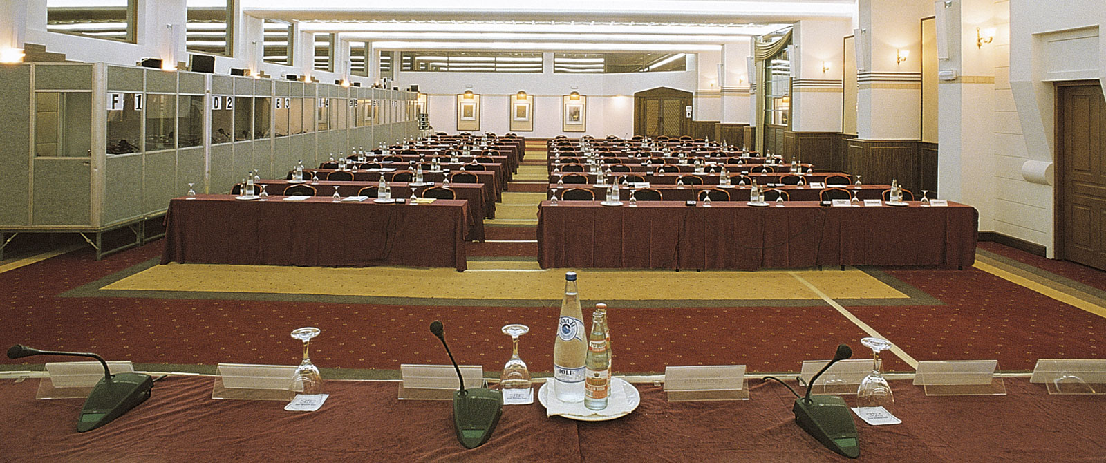 myconian-royal-3conference
