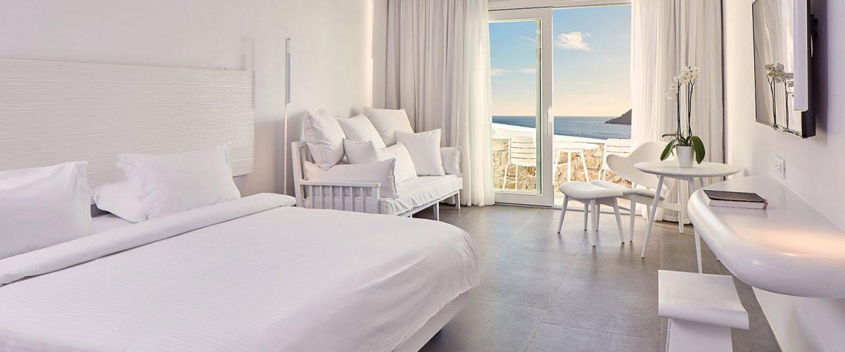myconian-royal-bedroom-1
