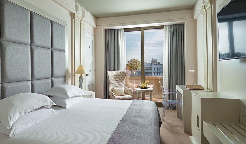 njv-athens-plaza-bedroom