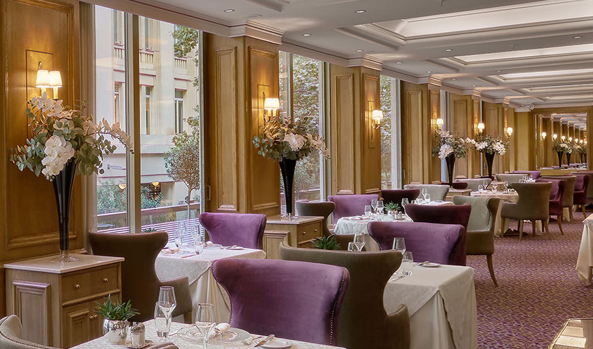njv-athens-plaza-dining