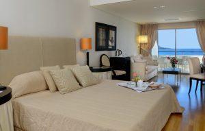 plaza-resort-bedroom