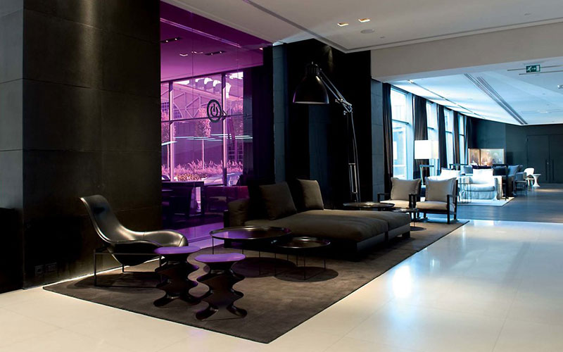 the-met-lobby