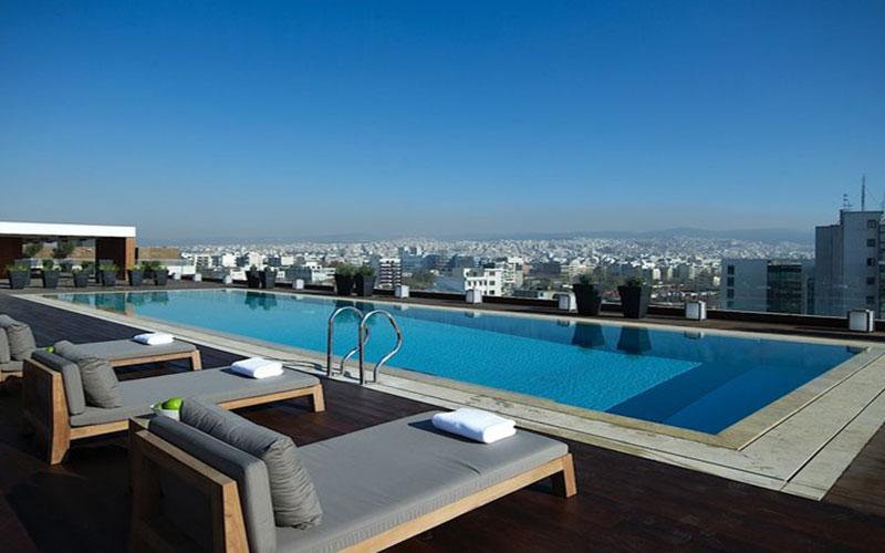 the-met-pool-terrace