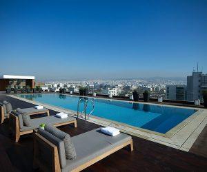 the-met-roof-garden-swimming-pool