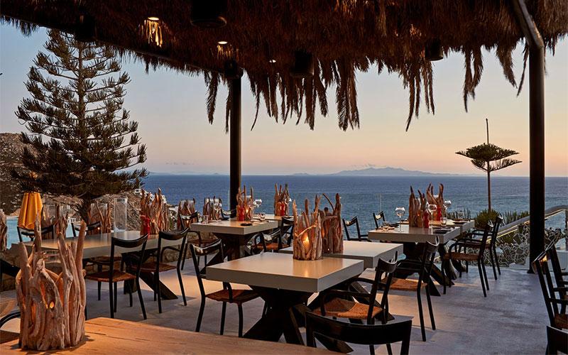 myconian-utopia-restaurant